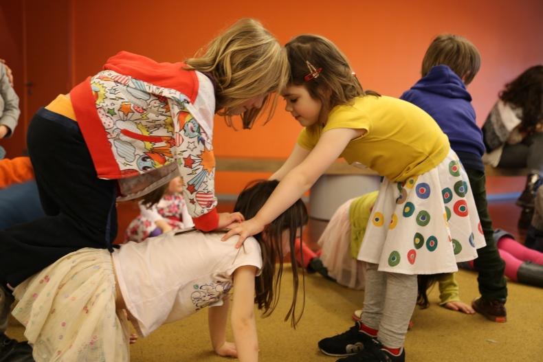 De jeunes artistes de cirque (0-12 ans)